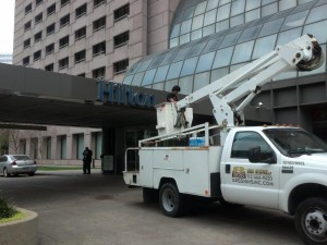 sign installation by Houston Sign Center -Hotel Hilton - after